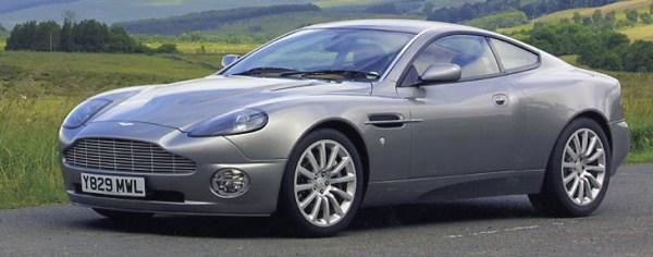 w20 2 - Aston Martin - o puro Inglês