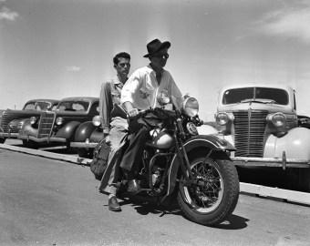 ford, modelo a, maverick, camaro, mustang, dodge charger, mopar, ford flathead, oldsmobile, fotos antigas, carros antigos