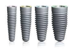 Gáspár Dental implantáció csavar implantátum