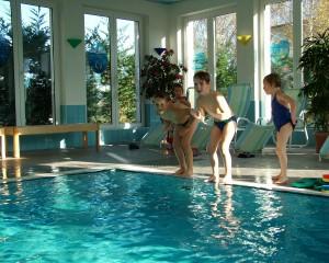 Schwimmbad im Gasthof Zahn in Stedten