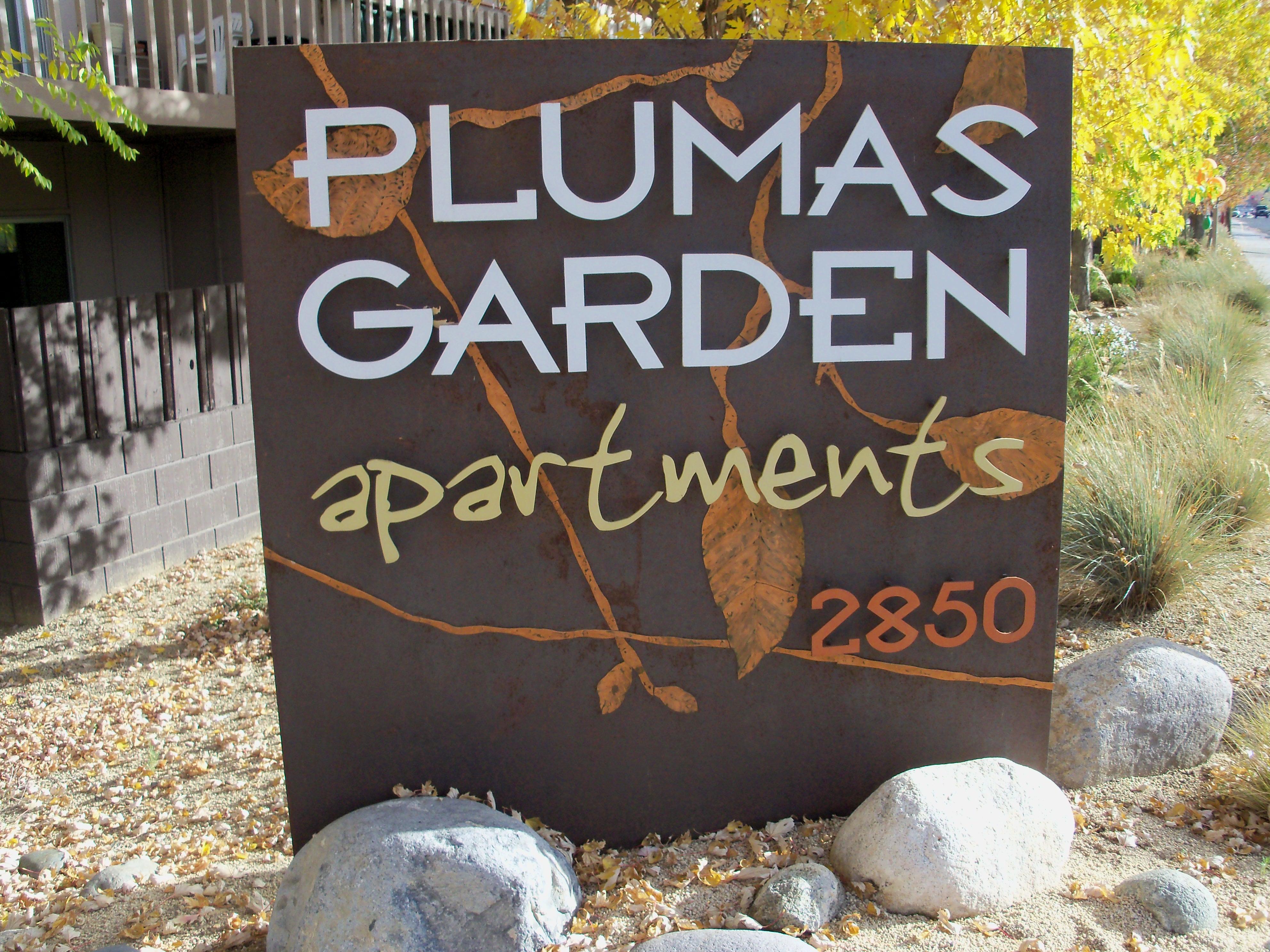 Plumas Gardens