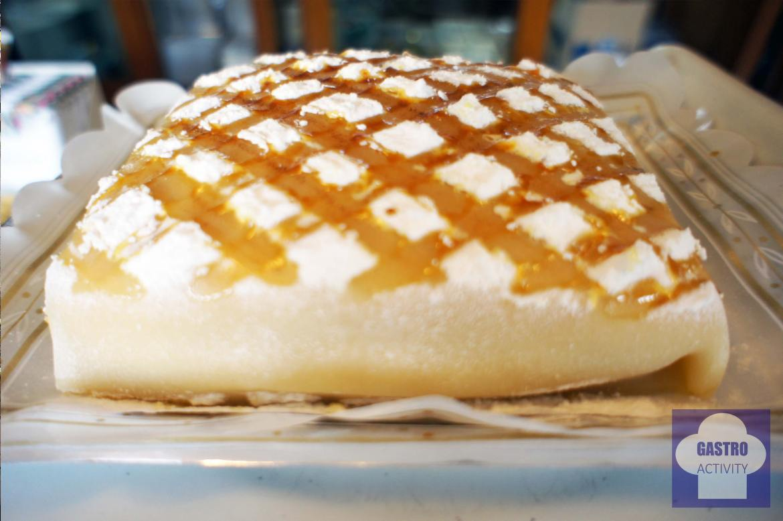 Ponche Segoviano con sus característicos rombos de azúcar caramelizado