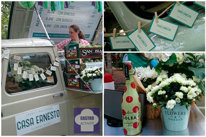 Alcachofas de Casa Ernesto y Sangría Lolea en la feria de comida callejera de Madrid