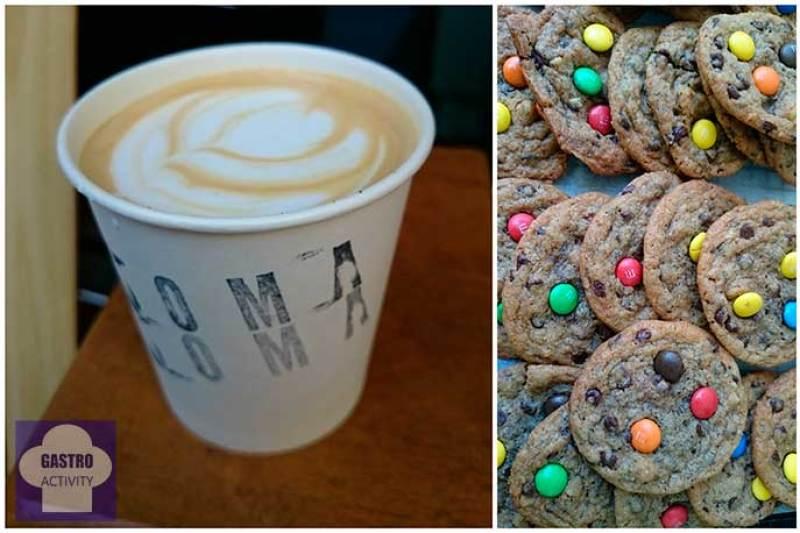 Café Espresso y cookies con m&m´s