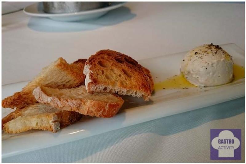 Paté de queso y anchoas