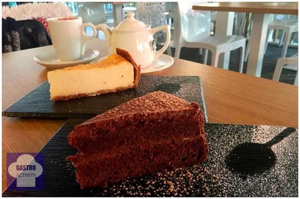 Tarta de chocolate y Tarta de queso Restaurante 90 Grados Madrid
