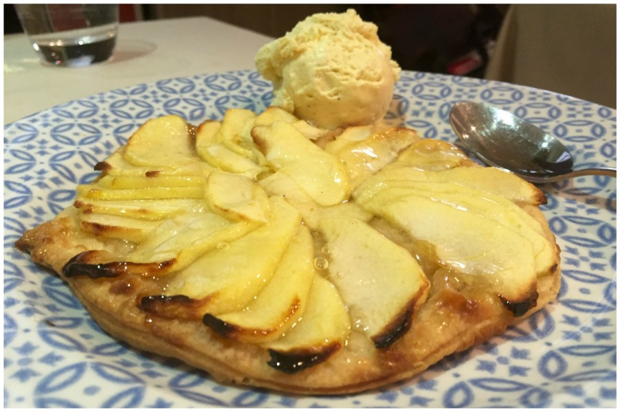 Tarta fina de manzana Restaurante Vinateros 28 Moratalaz Madrid
