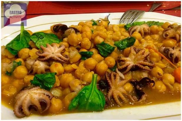 Potaje de garbanzos con pulpitos Restaurante La Cruz Blanca de Vallecas Pulpo Pasion Madrid