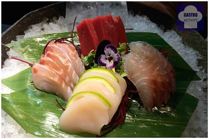 Sashimi de dorada, lubina, atun y vieira Restaurante Enso Sushi japones