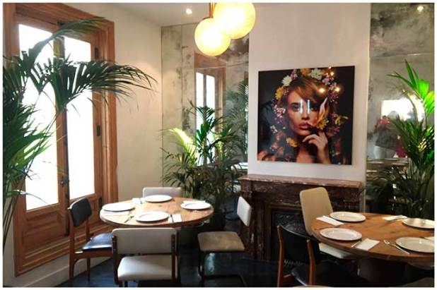 Comedor tropical Restaurante Mejillon Moules frites Madrid
