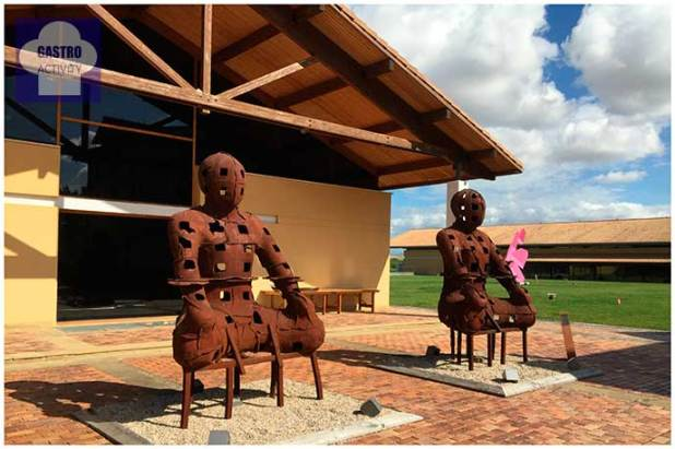 esculturas-bodega-otazu