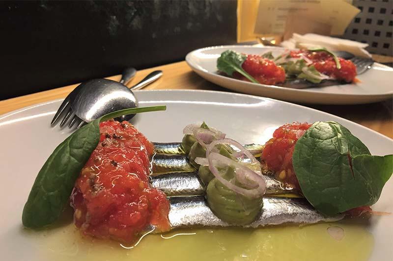 Bocarte con tomate y guacamole Restaurante Marcano