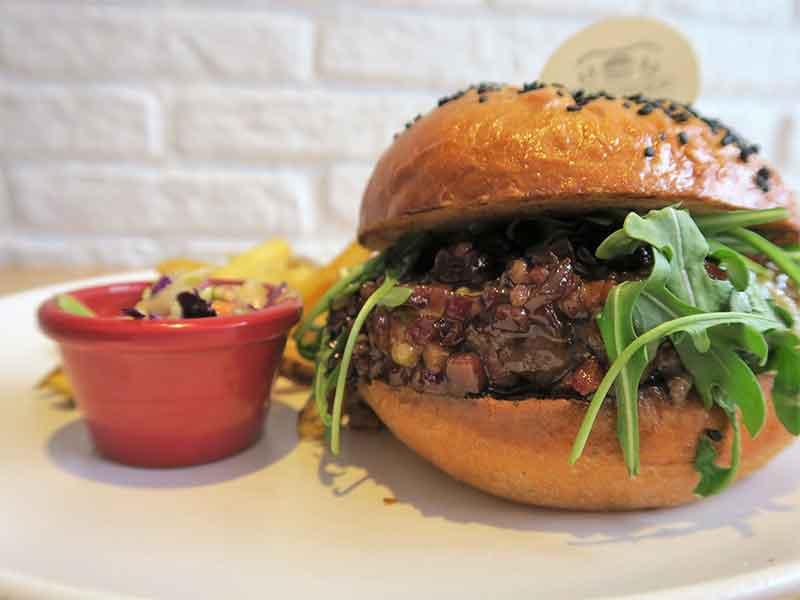 AviBurger hamburgueseria Madrid burger con mermelada de bacon