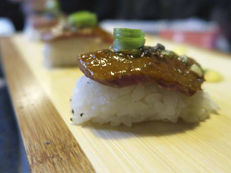 Niguiri anticuchero Restaurante Capon cocina Chifa y Nikkei