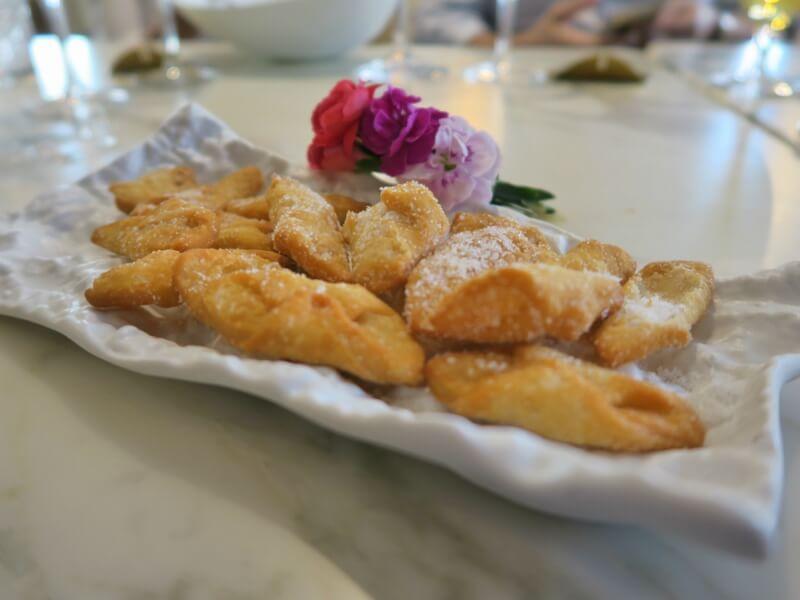 Menu de San Isidro en Arado Grocery & Restaurant en el Hotel Melia Serrano Pestiños