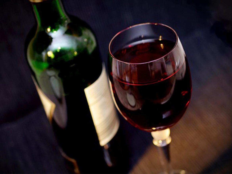 maridaje con vino tempranillo copa de vino