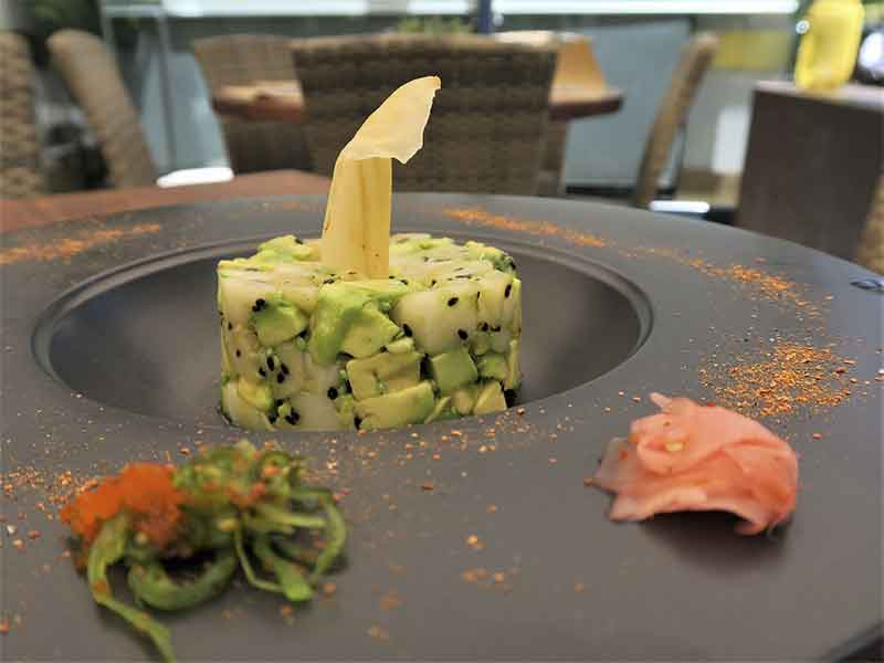 Restaurante Midtown Madrid Tartar de pez mantequilla con aguacate