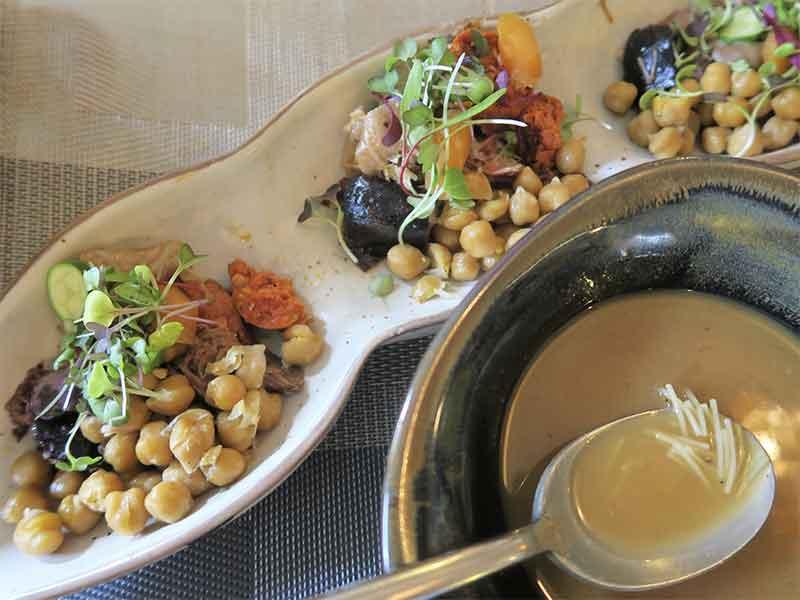 Cocido madrileño Restaurante Cubiertos de Gloria La Latina Garbanzos y Sopa