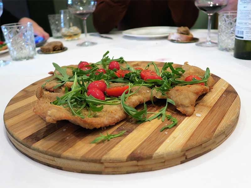 Piu di Prima restaurante italiano Escalope Milanesa