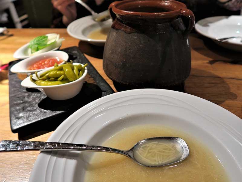 Ruta del cocido madrileño 2020 Primer vuelco sopa