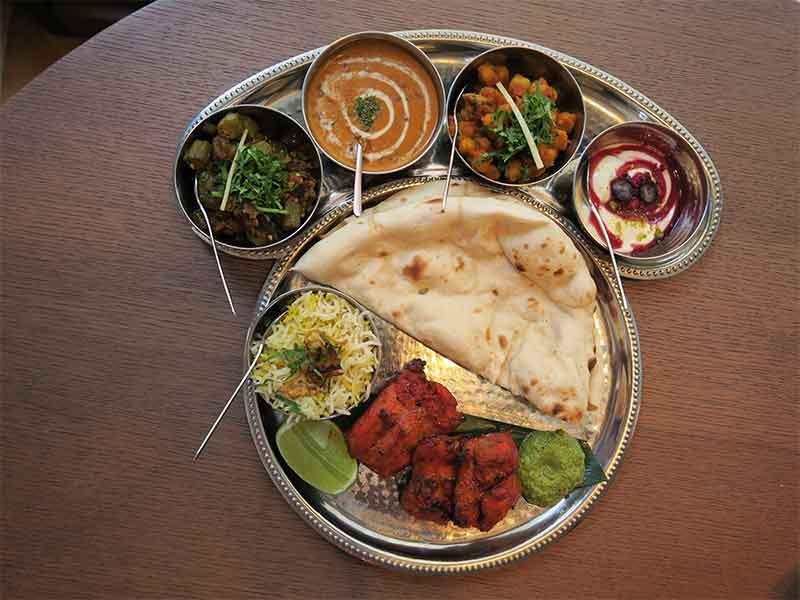 Restaurante Benares Dhali de pollo