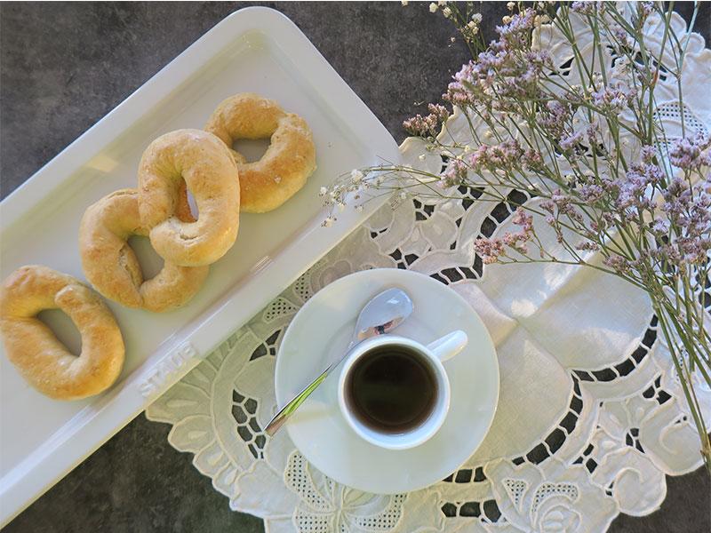 receta de rosquillas de San Isidro bandeja Staub