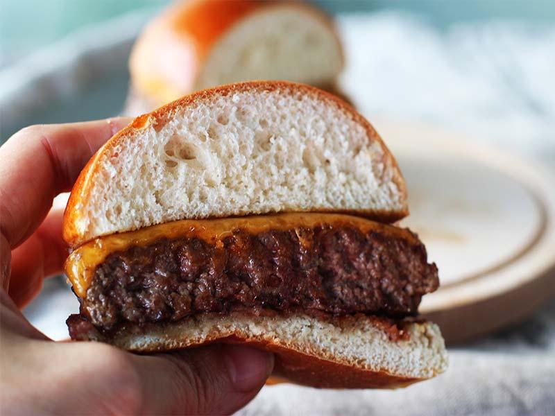 Burger Pro Edition Carne de la Finca corte hamburguesa