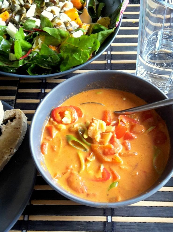 Fiskesuppe med hvid fisk og rød peberfrugt (3)