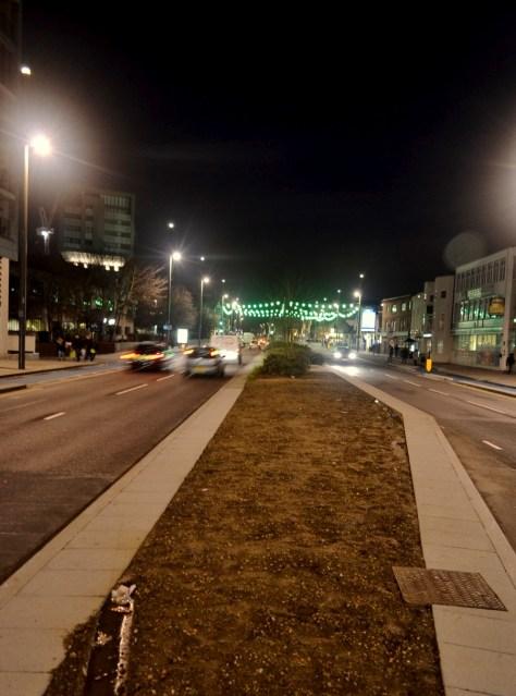 traffic night crossing dual carriageway road stratford cars e15 london