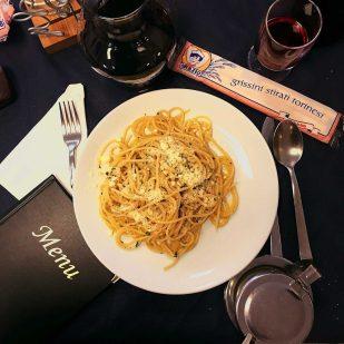 Emiliano spaghetti alla carbonara-ja