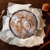 Honey Ginger Cake / Pastel de Miel y Jengibre