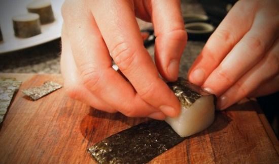 Friteret kammusling i tempuradej med caviar og avocado/wasabi-dressing