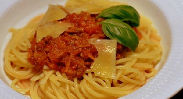 Spaghetti Bolognese – opskriften på den perfekte italienske klassiker