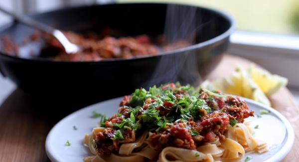 Opskrift: Pasta alla Puttanesca – luderens pasta?!