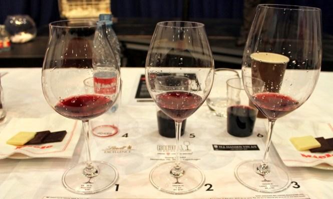 De tre druespecifikke glas vi afprøvede - fra venstre: Pinot Noir, Syrah og Cabernet Sauvignon