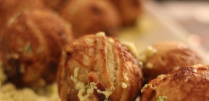 Nytårsmenu 2013 – Snack #1: Æbleskiver med hummer, svampe og bearnaise