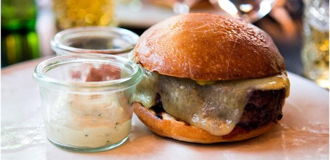 Her får du Københavns bedste burger!
