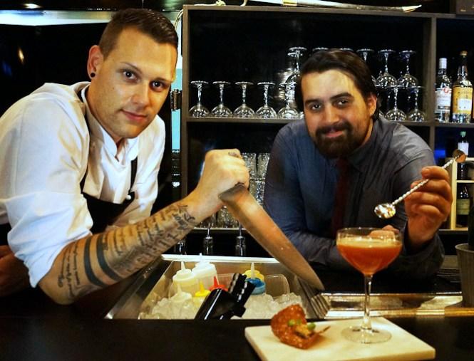 De to legekammerater: Køkkenchef Christian Zwicky og Barchef Michael Olsson. (Foto: my-pleasure.dk)
