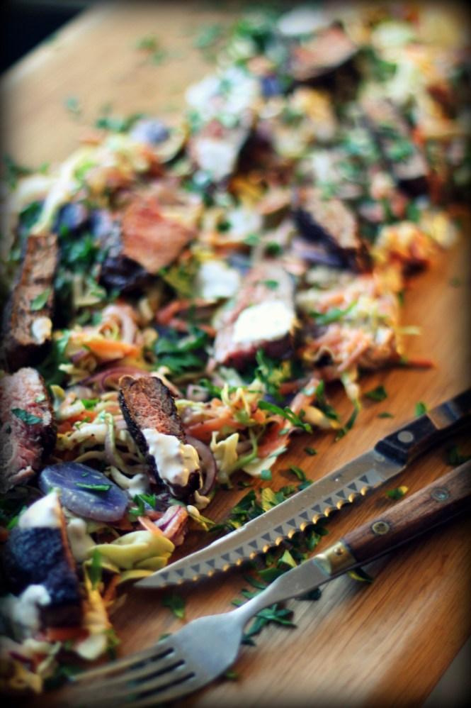 """Jeg elsker at servere dem """"Jamie Oliver-style"""" hvor alle bare napper af samme fad :-)"""