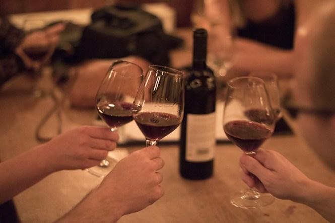 Mere god vin i glasset.