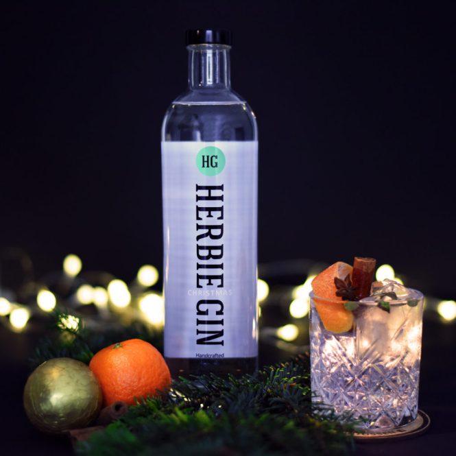 Herbie Christmas, Fever-Tree Mediterranean tonic, kanel, appelsinskal & kardemomme kapsler