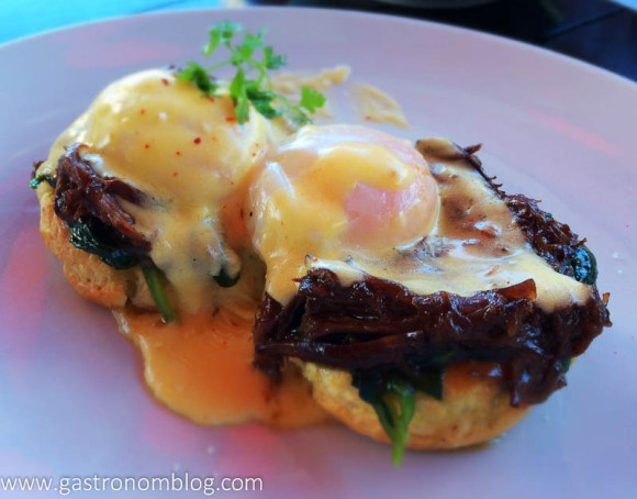 Comme Ca - Ox Tail Eggs Benedict