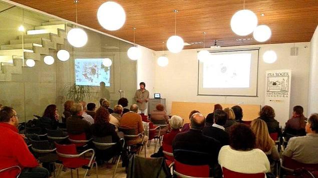 Conferencies Can Oliver historia ensalada Olivier Pep Pelfort
