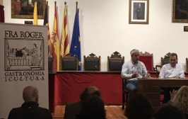 Dia Illes Balears Es Castell conferencia