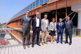 El Alcalde de Sevilla visita el Centro Comercial TORRE SEVILLA