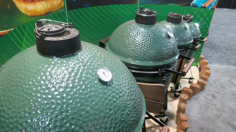 big green eggs at hpbexpo