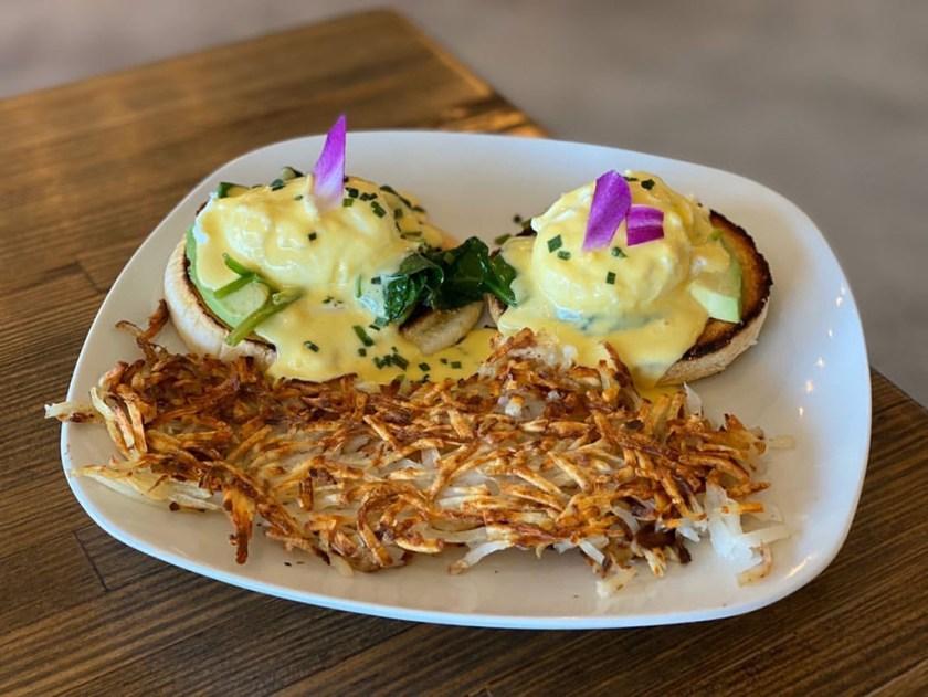 Eggs In The City - benedict (Salt Plate City)