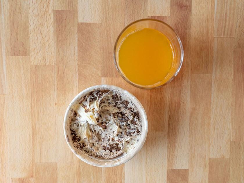 Makaya Catering gato chokla and guava juice