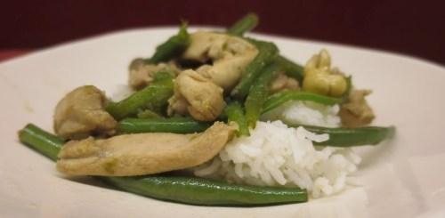 Wok poulet et haricots verts