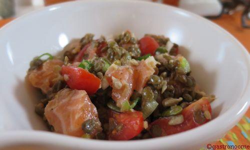 Salade de lentilles au saumon cru